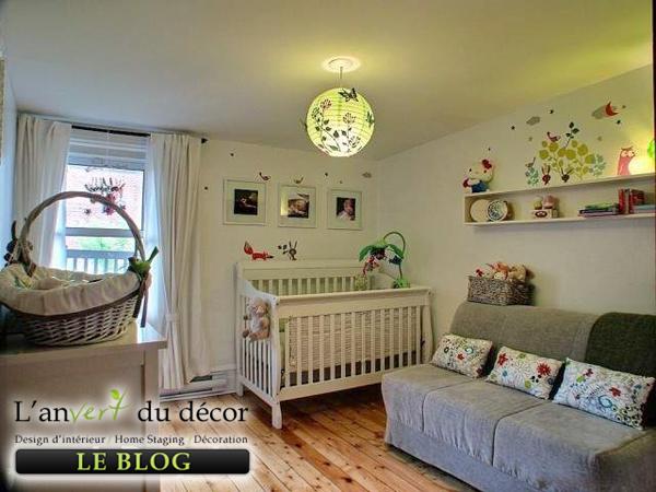 Lampe pour chambre bebe fille for Objet de decoration pour chambre
